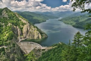 Barajul-Vidraru-Curtea-de-Arges0